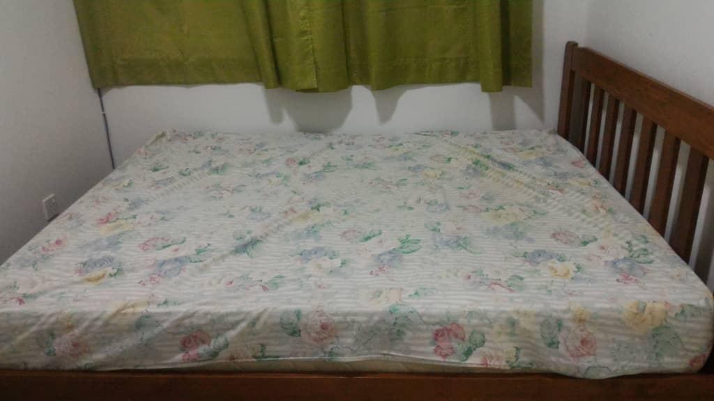 3rd room Bed & Mattress