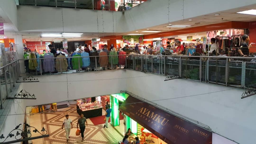 Store Surrounding 1