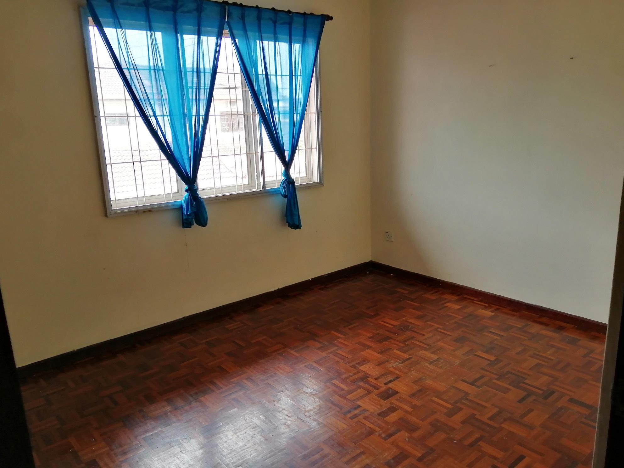 Room 2 small